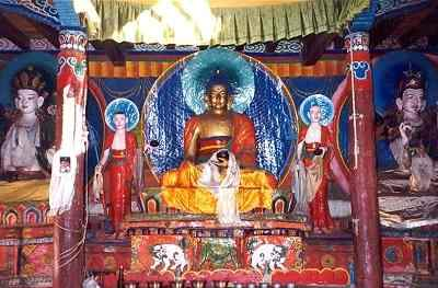 Picture of interior of Sangdo Gompa at Muktinath